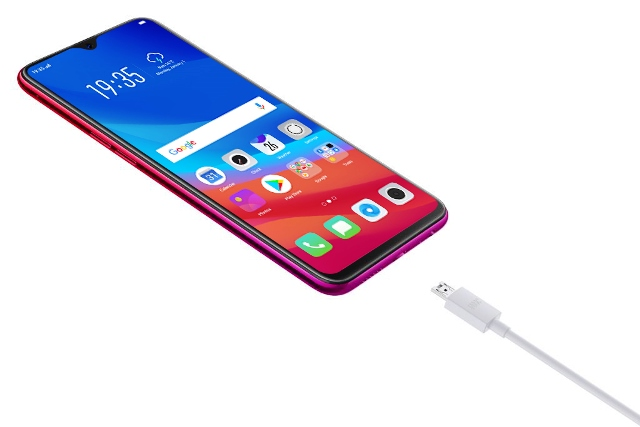 OPPO F9 with VOOC Flash Charge